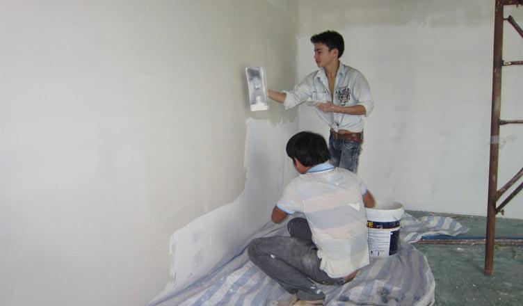 thợ thi công sơn nhà giá rẻ