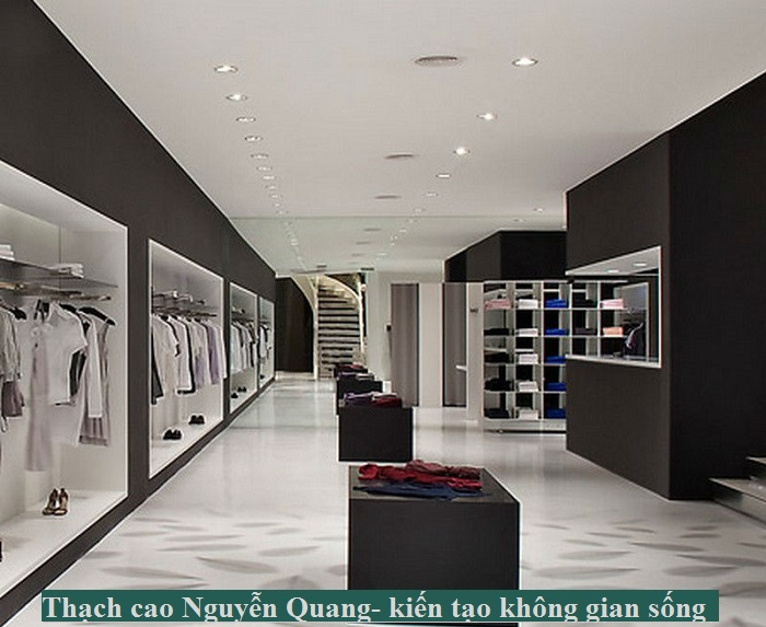 trần thạch cao showroom