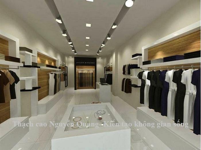 trần thạch cao cửa hàng thời trang